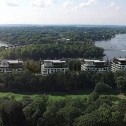 L | L sur le Lac : le nouvel art de vivre entre le vert et le bleu