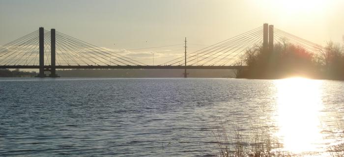 Pont rivière des prairies